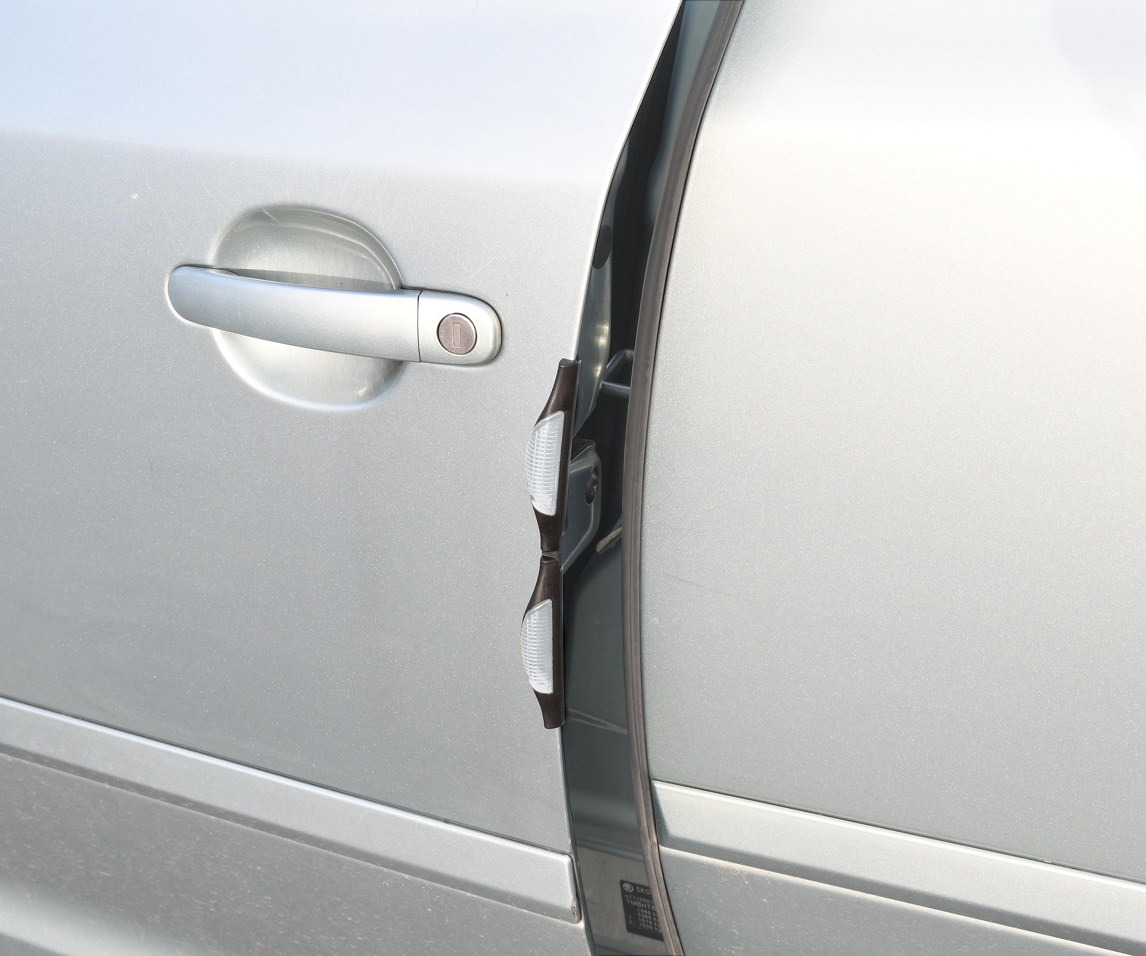Chránič dveří bílý 2ks