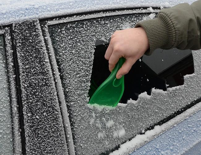 Škrabka na led FIN
