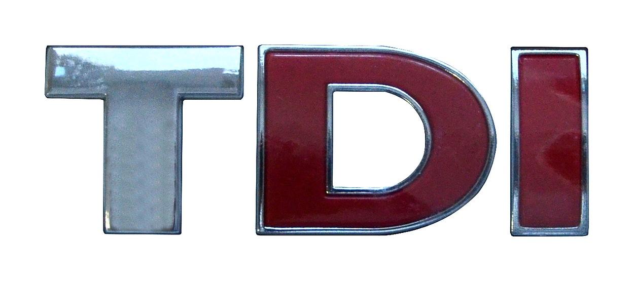 Znak TDI samolepící PLASTIC